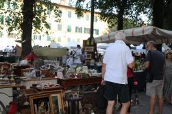 Santo Spirito flea market